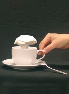 atomic meringue Julie Rothhahn / food design, design culinaire