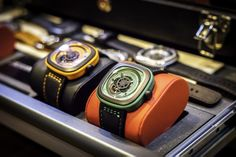 yes green, but not only...  #SEVENFRIDAY #INDUSTRIAL #FRESH #FROM #PRESS #DESIGN #ARCHITECTURE #ENGINES #ORANGE #GREEN #WRISTWATCH #WATCH #MOVEMENT