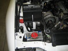 96 Camaro Engine Bay Side Fuel Cell Close Small.JPG (909×682)