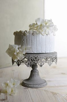 Cake Stand White Metal 10in Cake Stands Cakes And Flea