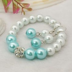 Fashion Glass Pearl Jewelry Sets: Earrings and Stretchy Bracelets, with Brass Rhinestone Beads and Brass Earring Hooks, Cyan