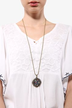 Retro Rosette Necklace with Floral