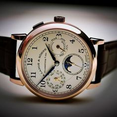 Perfect balance. @alangesoehne annual calendar #watches #uhren #alangesohne #calendar #germany #madeingermany