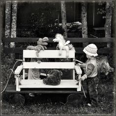 photo: Puppet Show for Little Girls | photographer: Andy Prokh | WWW.PHOTODOM.COM