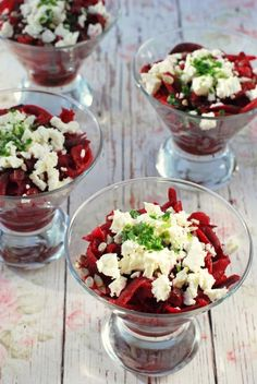 Céklasaláta fetával recept Feta, Acai Bowl, Salad Recipes, Salads, Bbq, Paleo, Food And Drink, Vegetarian, Dinner