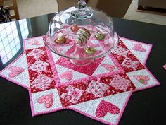 red & pink hearts table mat