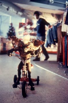 Stripe the Gremlin was forced to improvise getaway transport.