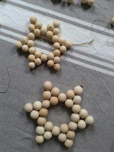 Big wooden beads trivet / ornament DIY