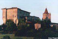 Chateau de Lavardens Region Midi Pyrenees chateaux medievaux chateau fort