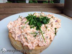 Körözött mozzarellával No Salt Recipes, Soup And Salad, Salmon Burgers, Mozzarella, Baked Potato, Mashed Potatoes, Rice, Chicken, Meat