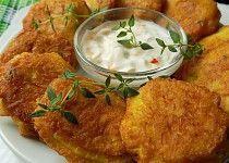 Brambory v sýrovém těstíčku Hummus, Mashed Potatoes, Curry, Food And Drink, Treats, Cheese, Chicken, Ethnic Recipes, Chef Recipes