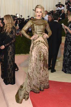 Rachel McAdams in Valentino - 2016 Met Gala