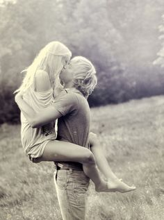 kiss him like you'll never kiss him again ROMANCE Engagement Couple, Engagement Pictures, Engagement Shoots, Couple Photography, Engagement Photography, Wedding Photography, Photography Ideas, Romantic Photography, Themed Photography