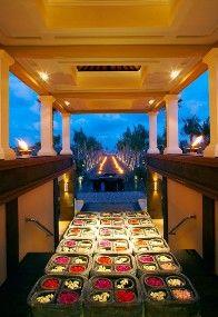 St. Regis Bali Resort und Spa, Nachtstimmung