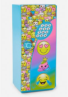 Justice is your one-stop-shop for on-trend styles in tween girls clothing & accessories. Shop our Emoji Mini Locker. Girls Room Accessories, Justice Accessories, Baby Doll Accessories, Justice Toys, Shop Justice, Justice School Supplies, Cute School Supplies, Tween Girls, Toys For Girls