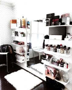 #makeuporganisation #chloexx ❂ chloexx, MakeuporganisationYou can find Bedroom ideas for small rooms and more on our website.❂ chloexx, Makeuporganisation