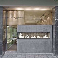 New Jewerly Store Interior Boutiques Retail Design Ideas Jewellery Shop Design, Bijoux Design, Jewellery Showroom, Jewellery Display, Jewelry Shop, Jewelry Stores, Fashion Jewellery, Diy Jewelry, Jewelry Rings