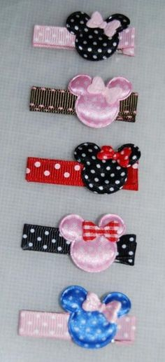 How to Make Minnie Mouse Hair Bows - TheSuburbanMom Hair Ribbons, Diy Hair Bows, Ribbon Bows, Ribbon Flower, Ribbon Hair, Baby Bows, Baby Headbands, Flower Headbands, Diy Headband