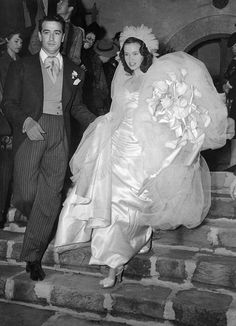 "17-year-old Gloria Vanderbilt marries Hollywood agent Pasquale ""Pat"" DiCicco in 1941. They divorced in 1945.  She went on to marry and divorce conductor Leopold Stokowski, director Sidney Lumet, and author Wyatt Emory Cooper (with whom she had two sons)."