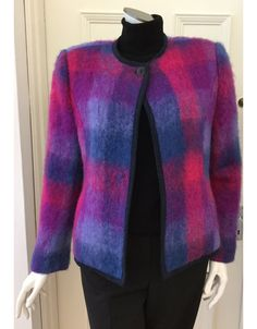 Superb quality Donegal Design edge to edge mohair jacket . Irish Fashion, Donegal, Jacket Style, Unique Fashion, Knitwear, Hand Weaving, Pure Products, Wool, Boutique