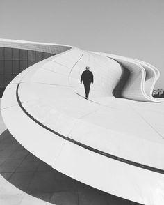 #Azerbeijan #Baku #StortOfEarth | W @atoshh by mustafaseven