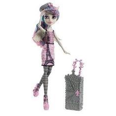 Scaris Rochelle Goyle Doll