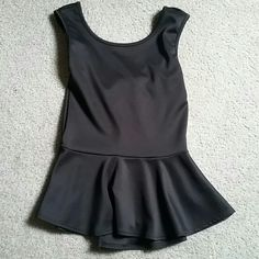 Black bow top New never worn Tops Tank Tops