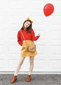 (notitle) More from my site Fall Tree Painting with Cotton Balls Bastelidee für Halloween Disney Halloween Costumes, Cute Costumes, Halloween Kostüm, Halloween Outfits, Disney Costumes For Women, Costume Ideas, Disneyland Costumes, Disney Princess Costumes, Halloween Inspo