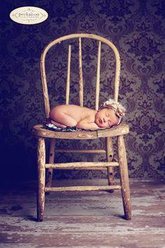 better with brighter, but still distressed chair Newborn Posing, Newborn Photography Props, Newborn Session, Newborn Photos, Children Photography, Chair Photography, Photography Ideas, Distressed Chair, Fotografia Social