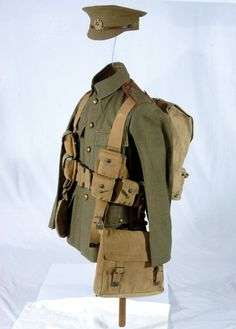 NZ infantry uniform worn at the time of the Gallipoli campaign, 1915 British Army Uniform, British Uniforms, British Soldier, Nz History, History Online, History Photos, Fun World, World War One, First World