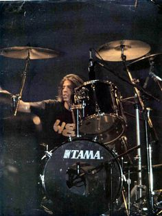 Grohl on drums.