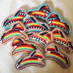 How come no one wants to buy these ? Powwow Beadwork, Native Beadwork, Pow Wow, Beading Projects, Animal Design, Native American Jewelry, Designer Earrings, Ponies, Beaded Embroidery