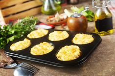 Griddle Pan, Bacon, Muffin, Food, Grill Pan, Essen, Muffins, Meals, Cupcakes