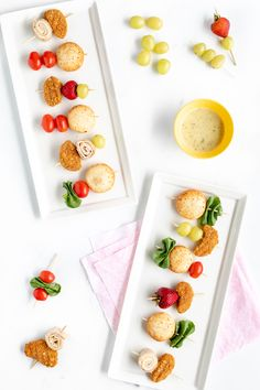 Easy Snack Kebabs for after-school snacking with fruit, veggies, Mozzarella Bites, Avocado Slices and more! Easy Snacks, Yummy Snacks, Gourmet Recipes, Healthy Recipes, After School Snacks, Cottage Cheese, Easy Cooking, Food Print, Kebabs