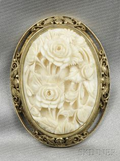 Arts & Crafts Ivory Brooch, carved to depict a bouquet of flowers, gold frame with scroll and foliate devices, lg., with a box from The Society of Arts and Crafts 9 Park Street Boston. Cameo Jewelry, Jewelry Art, Antique Jewelry, Vintage Jewelry, Jewelry Design, Handmade Jewelry, Jewelry Stores Near Me, Engraved Jewelry, Ivoire