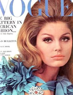 Vogue-September 1966 Model:Kecia Nyman wearing Christian Dior,and photographed by Irvin Vogue Magazine Covers, Fashion Magazine Cover, Fashion Cover, 60 Fashion, Fashion Photo, Retro Fashion, Vintage Fashion, Fashion Models, Vintage Style