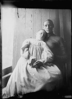 Post mortem photography. The very short hair? Had they maybe cut it for making mourning jewelry??