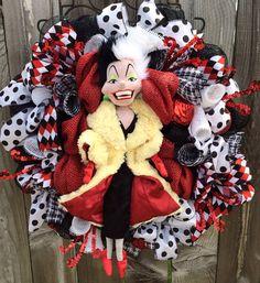 Everyday Wreath, Villain Wreath, Cruella Deville Wreath,  on Etsy, $129.00