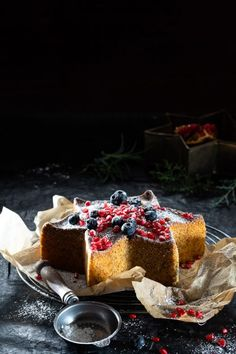 BIZCHO DE VAINILLA Y SEMILLAS DE AMAPOLA Tiramisu, Cheesecake, Ethnic Recipes, Sweet, Desserts, Food, Vanilla Sponge Cake, Deserts, Poppies
