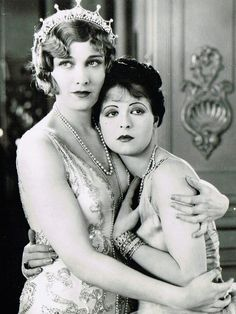 esther ralston and clara bow in children of divorce, 1927