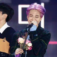Cre: the owner/as logo Park Ji Min, Korean Boy Bands, South Korean Boy Band, Busan, Seoul Music Awards, I Love Bts, Man Humor, Bts Jimin, Korean Singer