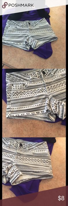 Aztec print shorts White & black Aztec print shorts good used condition just some fading from wash and wear these were my daughters and they no longer fit her YMI Shorts Jean Shorts