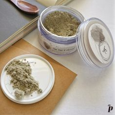 Juicy Chemistry  Tea Tree and Charcoal Face Mask
