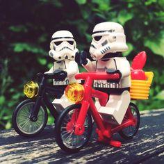 Sunday bike ride #lazysunday #rainyday #sunday #bike #ride #outdoors #nature #relax #holland #bicycle #starwars #starwarslegos #starwarslego #lego #legostarwars #stormtrooperlife #stormtrooper #bob #iphonography #365project #day184