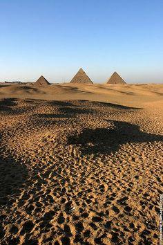 Le Piramidi di Giza, Tour ed escursioni Cairo  http://www.italiano.maydoumtravel.com/Tour-ed-Escursioni-Cairo/6/1/114