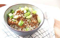 Kip teriyaki uit de slowcooker! Ideaal zo'n crockpot die voor me kookt.. Een heerlijk gerecht met wat rijst en lente ui!