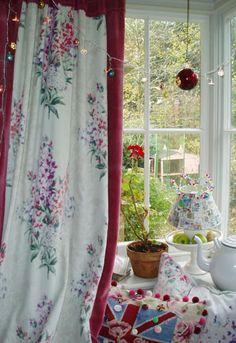 Kitchen Curtain in Maud velvet bound in old red velvet. Country Kitchen Curtains, Kitchen Fabric, Kitchen Curtain Sets, Curtain Fabric, Fabric Panels, Waverly Fabric, Modern Curtains, Curtain Patterns, Velvet Curtains