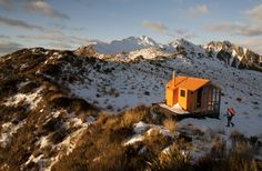 Brown Hut in the Westland foothills of New Zealand, was constructed by 35 volunteers from the remnants of an earlier alpine hut, with supplies brought in by helicopter. Many more photos here and. The Places Youll Go, Places To Go, Small Places, The Great Outdoors, New Zealand, Beautiful Places, Peaceful Places, Exterior, House Design