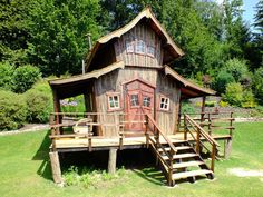 Galerie - Haus How to Crafts Cubby Houses, Fairy Houses, Play Houses, Shed Homes, Cabin Homes, Shed Playhouse, Crooked House, Building For Kids, Building A Shed