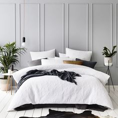 Some of the most successful decorators have a streamlined approach to decorating their homes. But what makes a successful home? Here are 33 of the most successful and popular Modern Minimalist bedroom design inspirations: Modern Minimalist Bedroom, Modern Bedroom Design, Modern House Design, Minimalist Scandinavian, Master Bedroom Design, Scandinavian Style, Home Bedroom, Bedroom Wall, Bedroom Decor